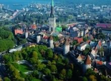 Medieval old town of Tallinn by Taavi Grepp